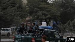 В центре Кабула во время столкновения с боевиками, 13 сентября 2011 г.
