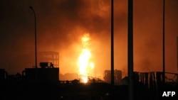 یکی از انفجارهای تیانجین چین. ۱۳ اوت ۲۰۱۵