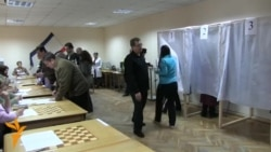 Crimeans Vote In Disputed Referendum