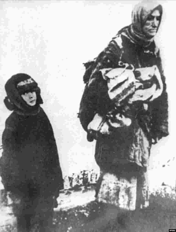 Holodomor: Famine In Ukraine, 1932-33 #12