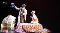 """Кариев театры """"Кәҗүл читек"""" спектаклен тәкъдим итә"""