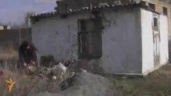 Вернувшиеся домой крымские татары живут в лачугах
