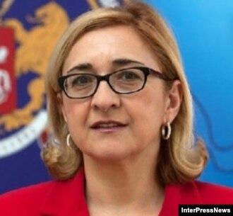 Скандал, вызванный высказываниями главы МИД Тамар Беручашвили, набирает обороты. Сегодня министр отказалась от своих слов, заявив, что их неправильно интерпретировали