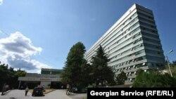 После смены власти в Грузии в системе произошли определенные перемены. Однако никаких действий по повышению качества медицинских услуг со стороны правительства пока не видно