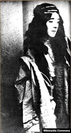 """İlk azərbaycan operası """"Leyli və Məcnun""""da Leyli rolunun ifaçısı Əhməd Bədəlbəyli, 1908-ci il."""