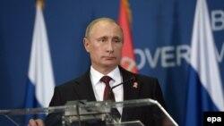 Президент России Владимир Путин выступил в Белграде (16 октября 2014 года)