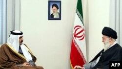 آیتالله خامنهای در دیدار با امیر قطر دادگاه رفیق حریری را فرمایشی خواند