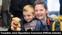 اداره مرزبانی کانادا بخش ویژهای را برای پناهجویان سوری آماده کرده است؛ همراه با محل بازی برای کودکان.