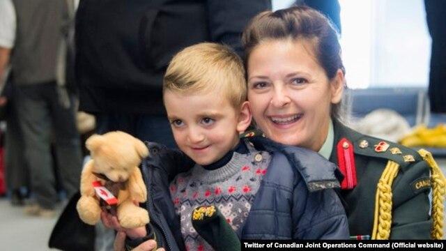 Prvi vojni avion sa sirijskim izbjeglicama sletio u Kanadu