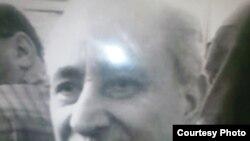 الروائي العراقي الراحل فؤاد التكرلي (1927-2008)