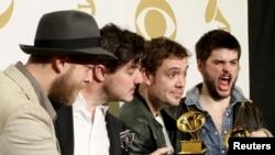 Mumford & Sons бо ҷоизаи Grammy