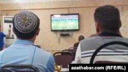 Türkmenistanlylar öz futbolçylarynyň üstünliklerinden köplenç bihabar.