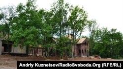 Будівництво котеджів для заможних луганців поблизу стародавніх курганів