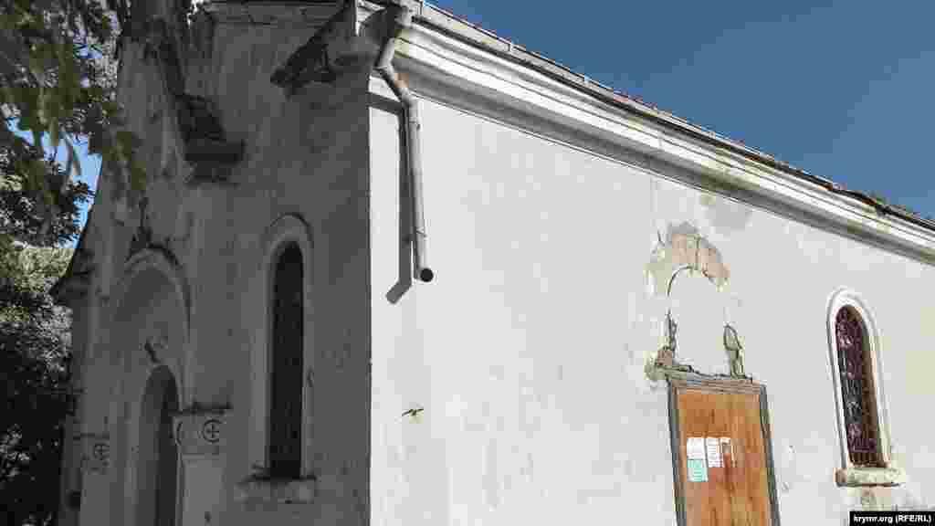 Немецкая лютеранская кирха в селе Уютном у Генуэзской крепости