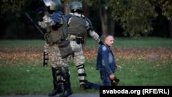 Сілавікі разганяюць пратэстоўцаў супраць інаўгурацыі Аляксандра Лукашэнкі, 23 верасьня