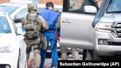 دا پاکستانی ډاکتر محمد مسعود نومېږي او ۲۸ کلن دی.