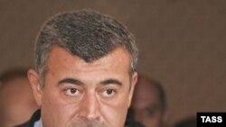 Levan Qaçeçiladze Gürcüstan parlamentinin Yeni Sağçılar Partiyasından seçilmiş üzvüdür