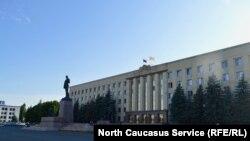 Правительственное здание Ставропольского края, Ставрополь (архивное фото)