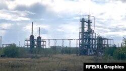 """Nijnevartovsk-2 stansiyası yaxınlığındakı dəmiryol dalanında xalq arasında """"samovar"""" adlandırılan mini-NEZ"""