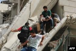 Последствия нового авианалета, 21 сентября, на больницу в пригороде Алеппо