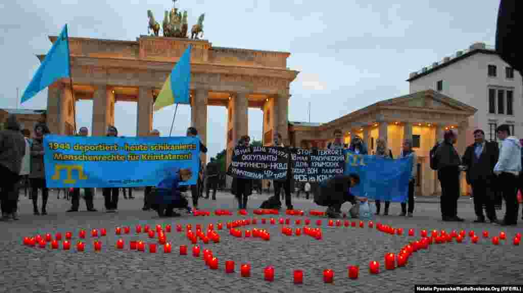 Qırımtatar sürgünligi qurbanlarını añma künü Berlinde