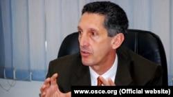 Професорот и експерт за балканските прашања Едвард Џозеф