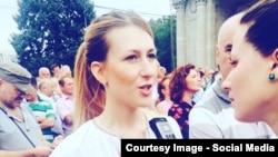 Laura Sîli la un interviu cu Tamara Grejdeanu