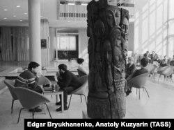 Новосибирский Академгородок, интерьер Дома ученых, 60-е годы
