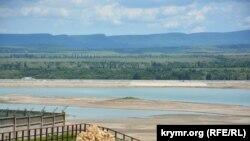 Вид на Тайганське водосховище