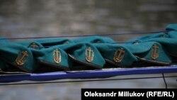 Нові берети морської піхоти України – кольору хвиль Чорного й Азовського морів