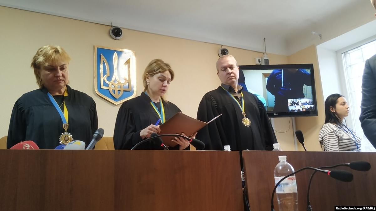 Обвиняемых в теракте в Харькове приговорили к пожизненному заключению, но отпустили из СИЗО