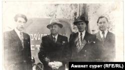 Айтматов в фотографиях его читателей