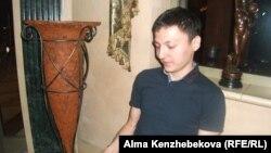 Жас кәсіпкер Елжас Үсенов. Алматы, 7 тамыз 2014 жыл.