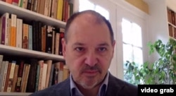 Адріан Каратницький