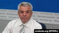 Юры Лазавік