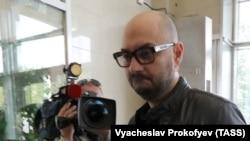 Режиссер Кирилл Серебренников в Мосгорсуде перед рассмотрением жалобы на домашний арест. Москва, 4 сентября 2017 года.