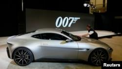 Makina e James Bondit në filmin Spectre.