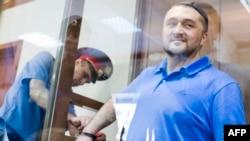 Подсудимый Рустам Махмудов
