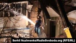 14 грудня о 9:20 у Фастові в п'ятиповерховому будинку стався вибух без подальшого горіння
