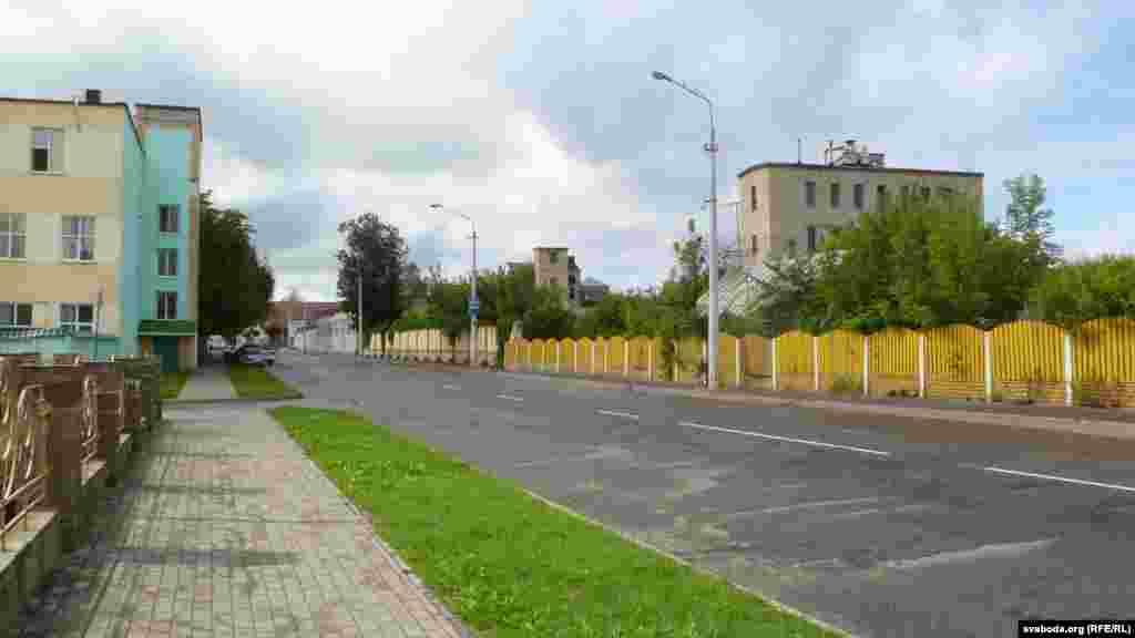 Вуліца Караткевіча, былая вуліца Касманаўтаў