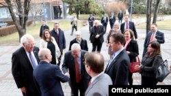Kryeministri Isa Mustafa pret kongresistët amerikan