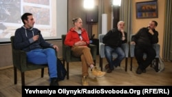 Художники Олекса Манн, Олексій Золотарьов, Олександр Ройтбурд та Матвій Вайсберг