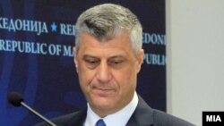 Хашим Тачи при посета на Македонија како министер за надворешни работи