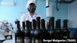 Лимитированая серия крымского красного вина, посвященная победе во Второй мировой войне