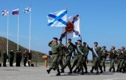 Крым аннексиясы: Аргументтер күрөшү