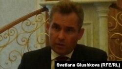 Уполномоченный при президенте России по правам ребенка Павел Астахов. Астана, 17 июля 2013 года.