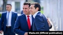 Фотографија од првата седба на Зоран Заев и Алексис Ципрас во Скопје