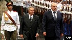 Генэральны сакратар ЦК Камуністычнай партыі Кубы Рауль Кастра і Аляксандар Лукашэнка, Гавана, 2012