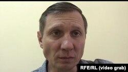 Сергій Шахов під час інтерв'ю з журналістом Радіо Свобода