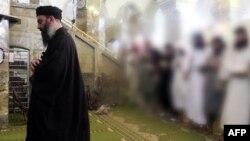Лидер радикальной группировки «Исламское государство» Абу Бакр аль-Багдади.